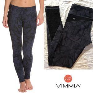 NWOT VIMMIA TRINITY LEGGINGS SZ M BLUE & BLACK